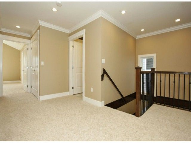 """Photo 14: Photos: 7684 210TH Street in Langley: Willoughby Heights House for sale in """"YORKSON SOUTH"""" : MLS®# F1318328"""