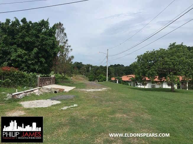 FEATURED LISTING:  Las Lajas