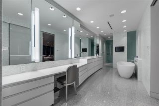 Photo 12: PH02 1011 W CORDOVA STREET in Vancouver: Coal Harbour Condo for sale (Vancouver West)  : MLS®# R2229814