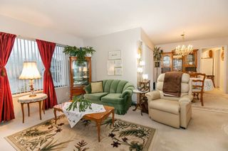 Photo 4: 832 MACINTOSH STREET in Coquitlam: Harbour Chines House for sale : MLS®# R2223774