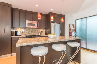"""Photo 11: 1165 W 7TH Avenue in Vancouver: Fairview VW Townhouse for sale in """"FAIRVIEW MEWS"""" (Vancouver West)  : MLS®# R2208727"""