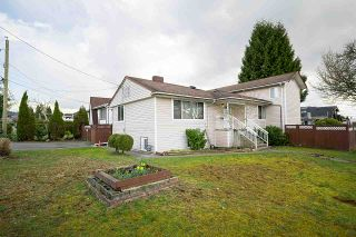 Main Photo: 1608 SPERLING Avenue in Burnaby: Sperling-Duthie House for sale (Burnaby North)  : MLS®# R2549958