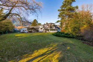 "Photo 6: 41500 MEADOW Avenue in Squamish: Brackendale House for sale in ""Brackendale"" : MLS®# R2529478"