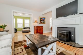 Photo 5: 56 Highland Avenue in Wolfville: 404-Kings County Residential for sale (Annapolis Valley)  : MLS®# 202104485