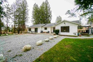 Photo 2: 9239 STAVE LAKE Street in Mission: Mission BC House for sale : MLS®# R2544164