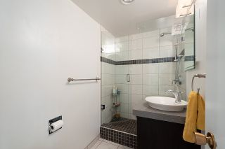 """Photo 17: 501 1960 ROBSON Street in Vancouver: West End VW Condo for sale in """"Lagoon Terrace"""" (Vancouver West)  : MLS®# R2528617"""