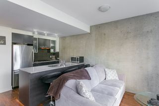 """Photo 4: 307 988 RICHARDS Street in Vancouver: Yaletown Condo for sale in """"TRIBECA"""" (Vancouver West)  : MLS®# R2202048"""