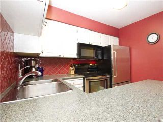 """Photo 10: 852 GREENCHAIN in Vancouver: False Creek Townhouse for sale in """"HEATHER POINT"""" (Vancouver West)  : MLS®# V1019589"""