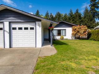 Photo 2: 8979 MCLAREY Avenue in BLACK CREEK: CV Merville Black Creek House for sale (Comox Valley)  : MLS®# 812664