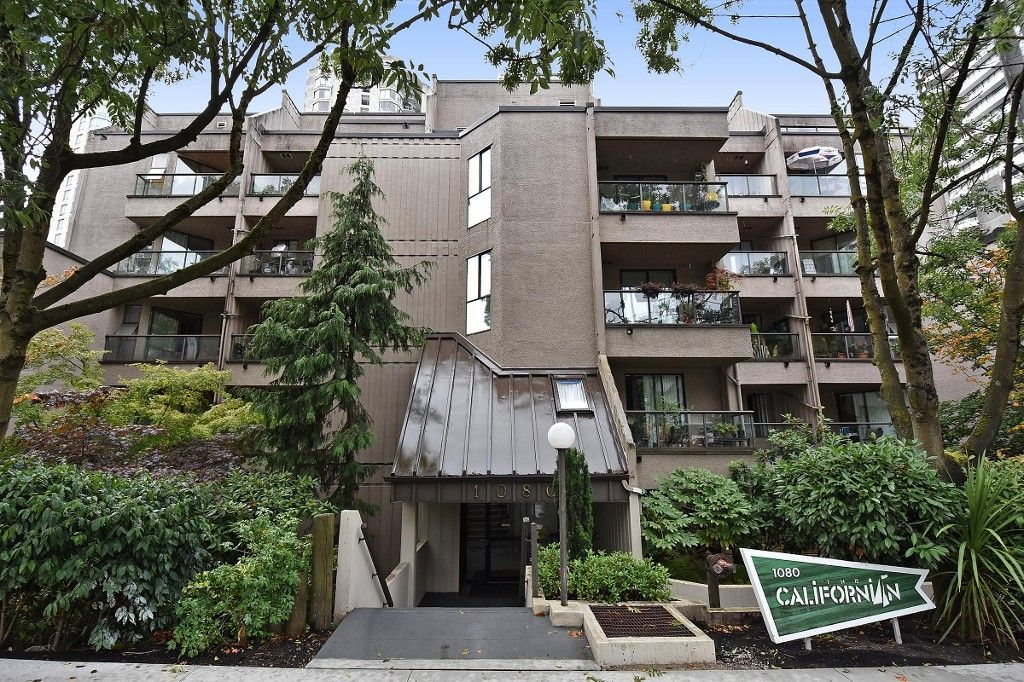 "Main Photo: 506 1080 PACIFIC Street in Vancouver: West End VW Condo for sale in ""THE CALIFORNIAN"" (Vancouver West)  : MLS®# R2107122"