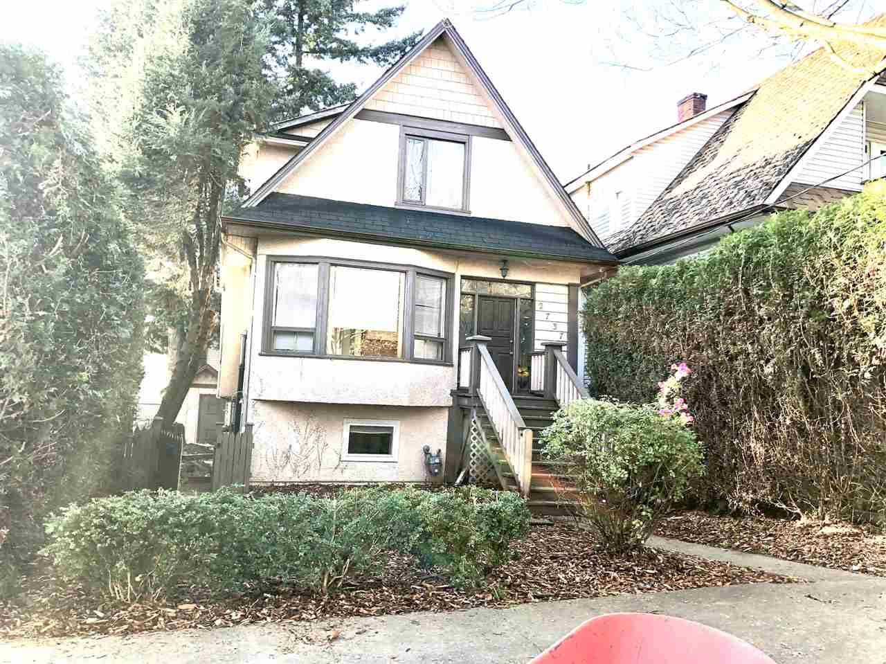 Main Photo: 2735 2737 WOODLAND Drive in Vancouver: Grandview Woodland Duplex for sale (Vancouver East)  : MLS®# R2431658
