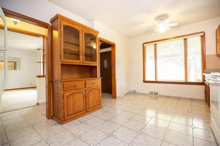 Photo 7: 533 Jefferson Avenue in Winnipeg: West Kildonan Residential for sale (4D)  : MLS®# 202025240