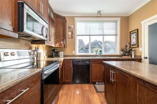 """Photo 4: 13 5805 SAPPERS Way in Chilliwack: Vedder S Watson-Promontory Townhouse for sale in """"Forest Trails at Garrison"""" (Sardis)  : MLS®# R2548046"""