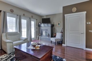 Photo 17: 1062 GAULT Boulevard in Edmonton: Zone 27 Townhouse for sale : MLS®# E4261913