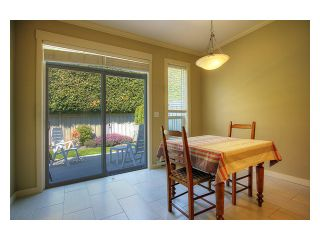 """Photo 7: 15 7171 STEVESTON Highway in Richmond: Broadmoor Townhouse for sale in """"CASSIS"""" : MLS®# V885405"""