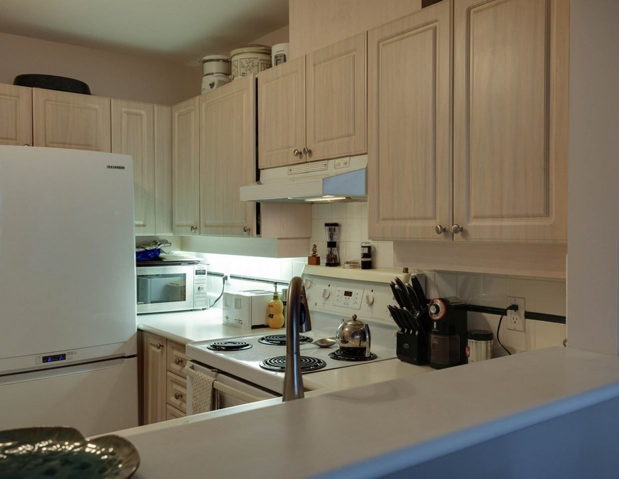 Photo 7: Photos:  in North Vancouver: Roche Point Condo for sale : MLS®# R2027911