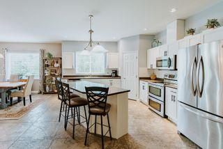 "Photo 8: 6308 SAMRON Road in Sechelt: Sechelt District House for sale in ""WEST SECHELT"" (Sunshine Coast)  : MLS®# R2625911"