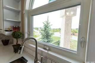 Photo 7: 407 Greaves Crescent in Saskatoon: Willowgrove Residential for sale : MLS®# SK866908