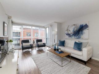 "Photo 3: 10A 199 DRAKE Street in Vancouver: Yaletown Condo for sale in ""Concordia 1"" (Vancouver West)  : MLS®# R2528895"