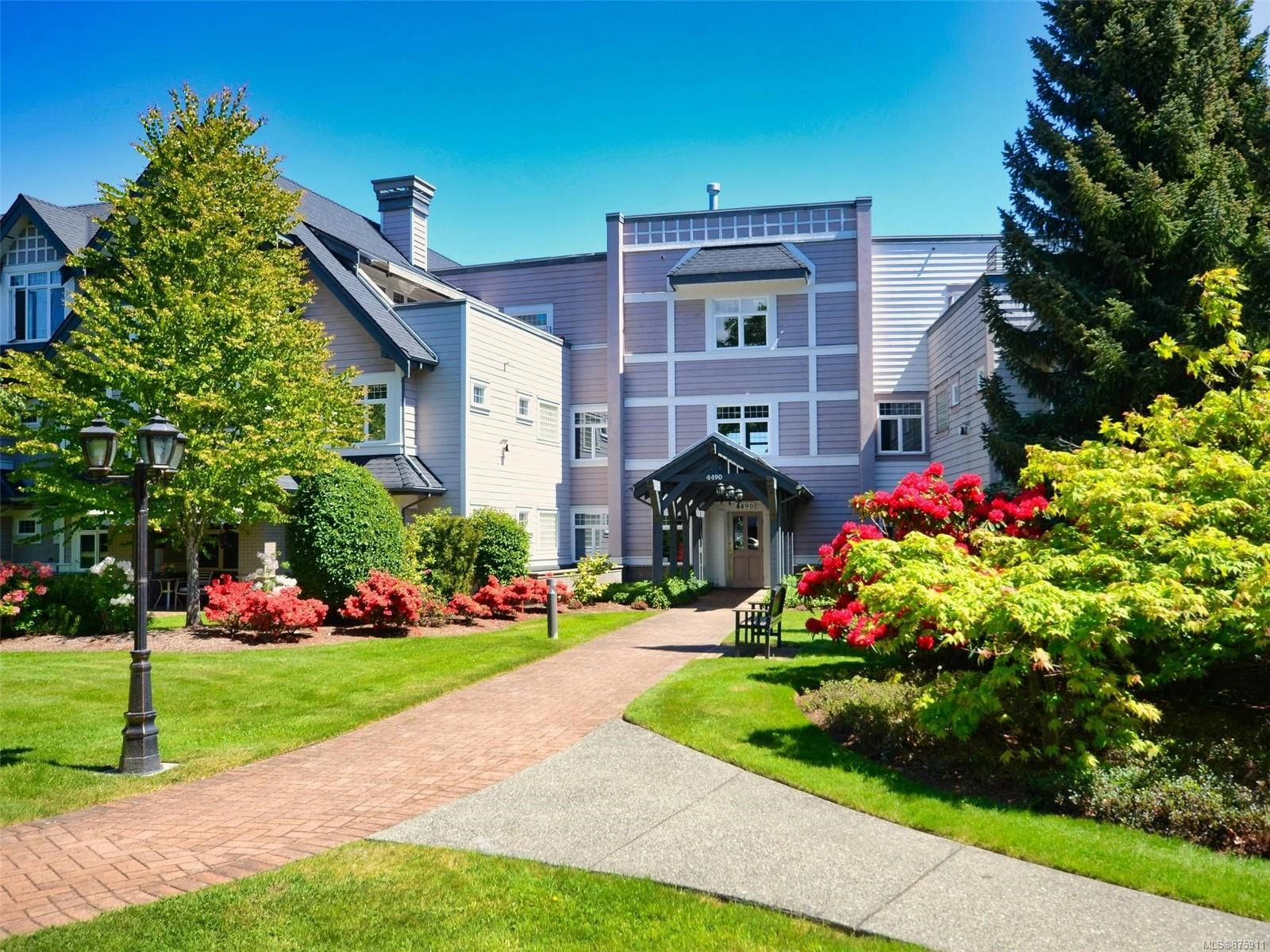 Main Photo: 112 4490 Chatterton Way in : SE Broadmead Condo for sale (Saanich East)  : MLS®# 875911
