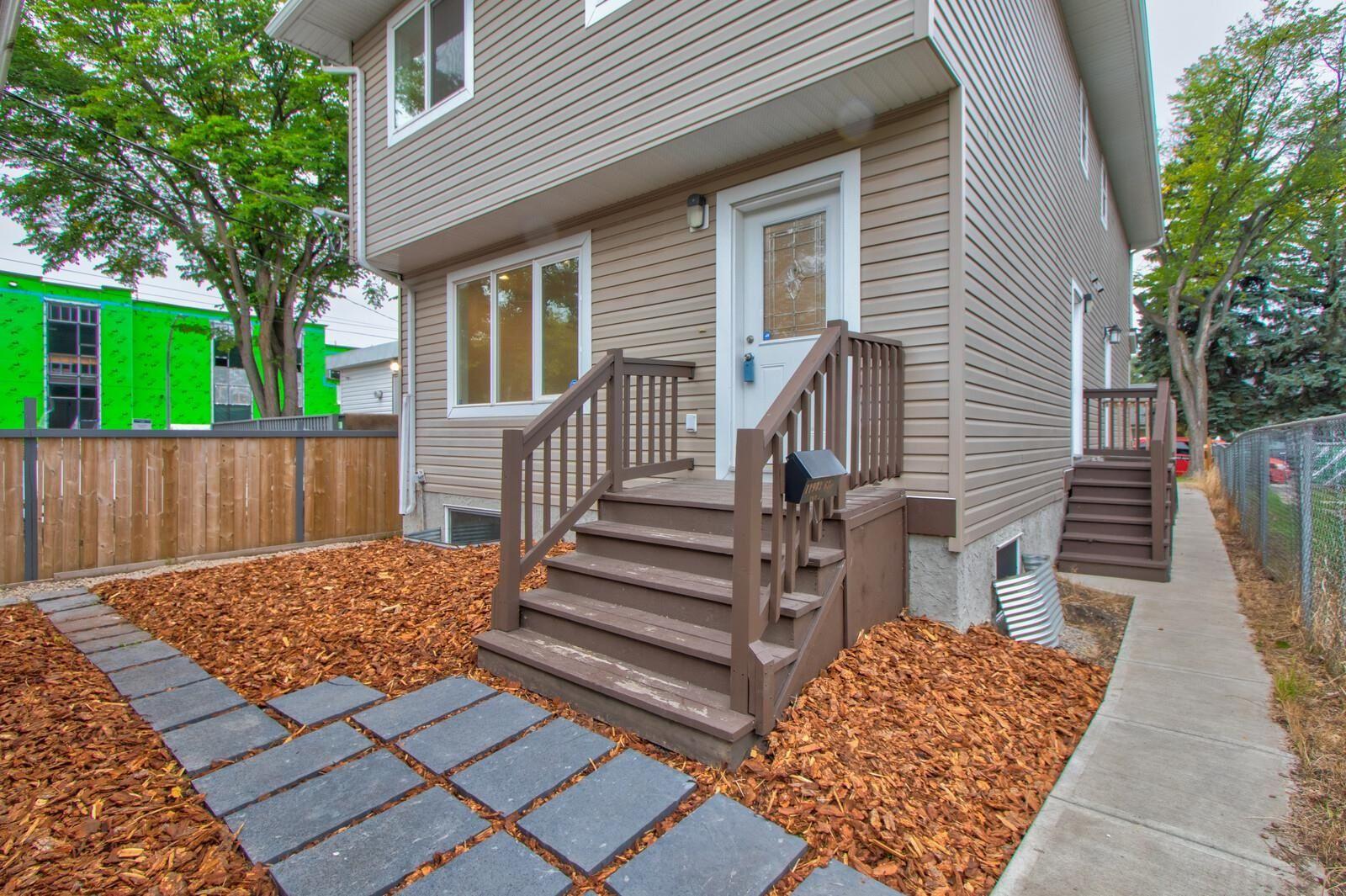 Main Photo: 2 11903 63 Street in Edmonton: Zone 06 House Half Duplex for sale : MLS®# E4261189