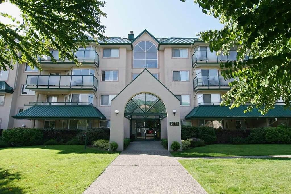 "Main Photo: 105 2958 TRETHEWEY Street in Abbotsford: Abbotsford West Condo for sale in ""Cascade Green"" : MLS®# R2326738"