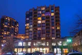 """Photo 17: 404 124 W 1ST Street in North Vancouver: Lower Lonsdale Condo for sale in """"The """"Q"""""""" : MLS®# R2430704"""