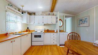 Photo 2: 1 5575 MASON Road in Sechelt: Sechelt District Manufactured Home for sale (Sunshine Coast)  : MLS®# R2605961