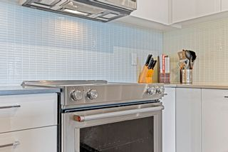 """Photo 11: 406 233 KINGSWAY Avenue in Vancouver: Mount Pleasant VE Condo for sale in """"VYA"""" (Vancouver East)  : MLS®# R2625191"""