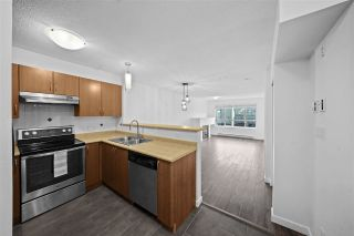 """Photo 4: 103 38003 SECOND Avenue in Squamish: Downtown SQ Condo for sale in """"Squamish Pointe"""" : MLS®# R2520650"""
