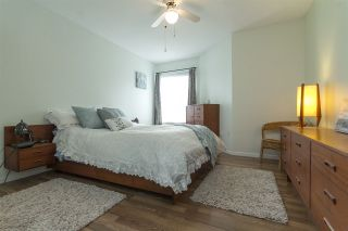 """Photo 12: 75 5550 LANGLEY Bypass in Langley: Salmon River Townhouse for sale in """"Riverwynde"""" : MLS®# R2164746"""
