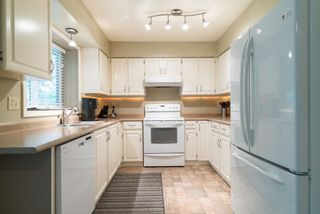 Photo 8: 9066 144A STREET in Surrey: Bear Creek Green Timbers House for sale : MLS®# R2097269