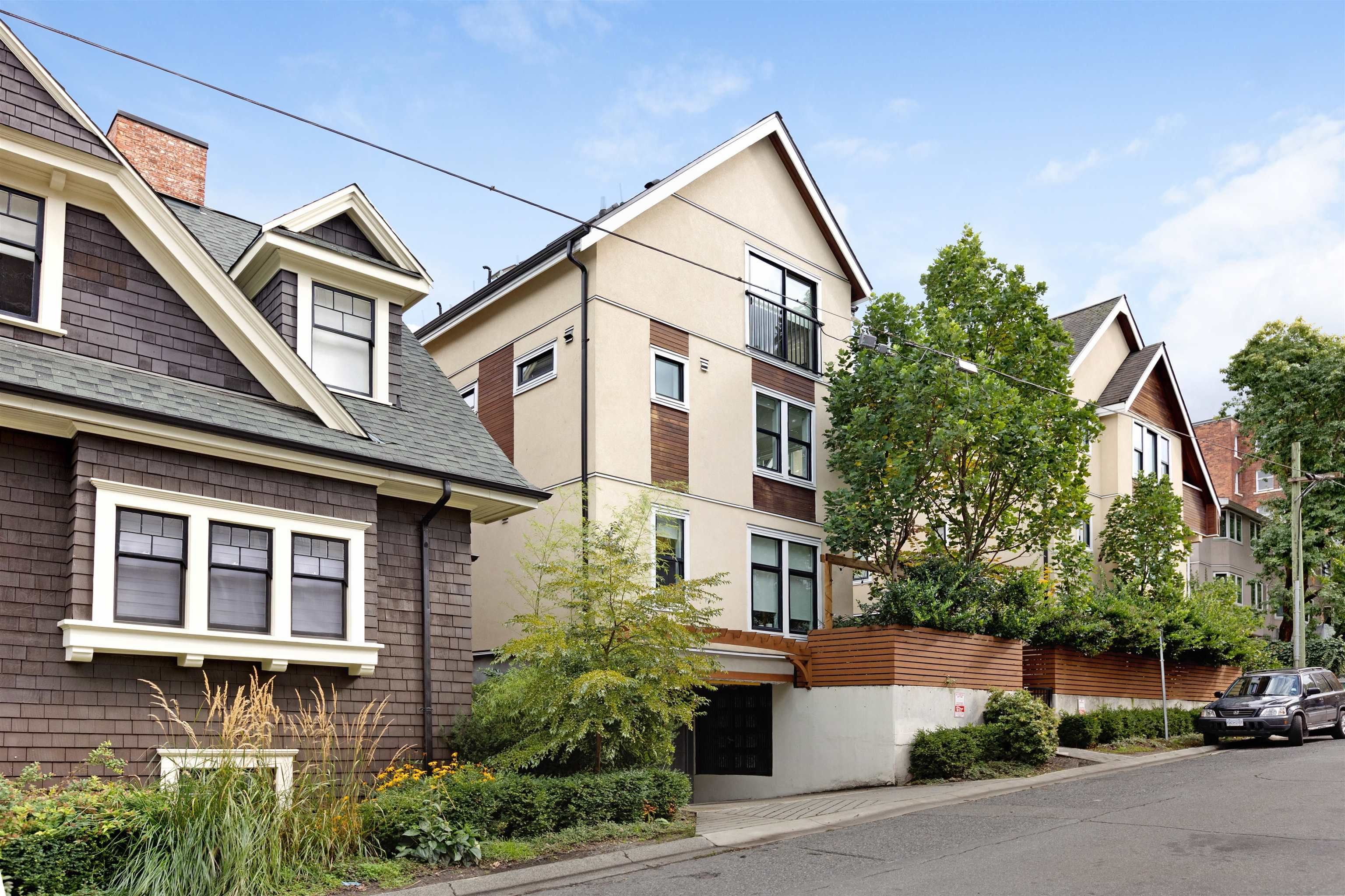 Main Photo: 1080 NICOLA STREET in Vancouver: West End VW Townhouse for sale (Vancouver West)  : MLS®# R2622492
