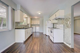 Photo 2: 2682 PARKWAY Drive in Surrey: King George Corridor House for sale (South Surrey White Rock)  : MLS®# R2578085