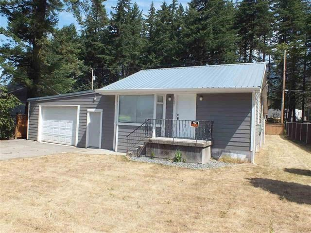 Main Photo: 1237 6TH Avenue in Hope: Hope Center House for sale : MLS®# R2438598
