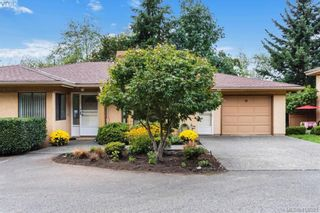 Photo 32: 13 639 Kildew Rd in VICTORIA: Co Hatley Park Row/Townhouse for sale (Colwood)  : MLS®# 825262