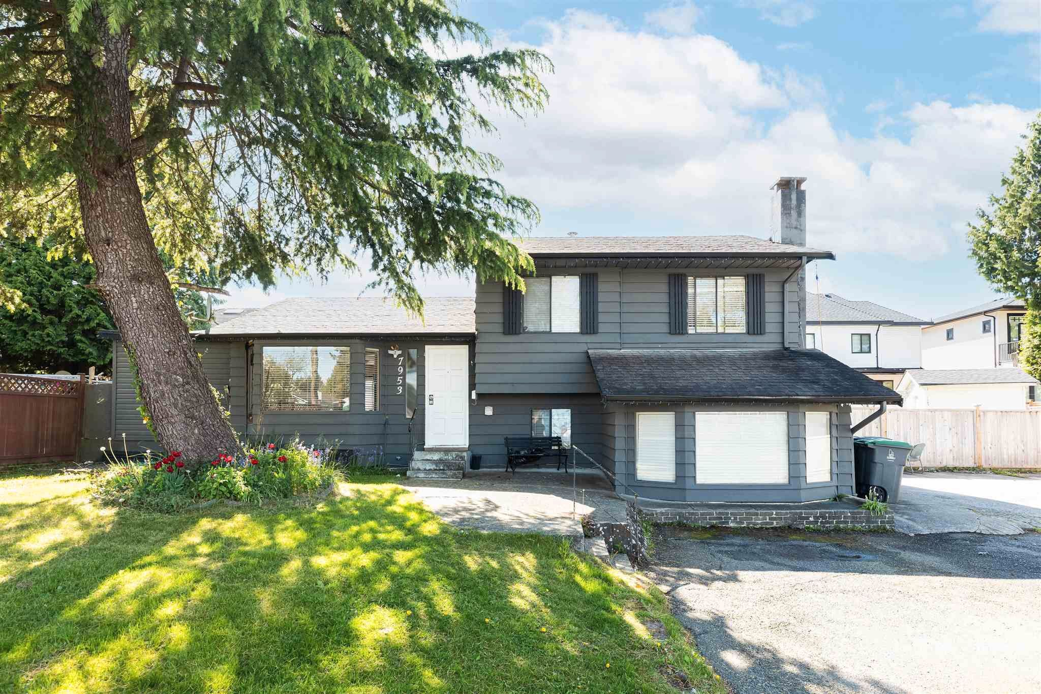 Main Photo: 7953 134A Street in Surrey: West Newton House for sale : MLS®# R2593974