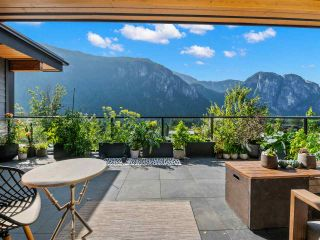 "Photo 1: 2157 CRUMPIT WOODS Drive in Squamish: Plateau House for sale in ""Crumpit Woods"" : MLS®# R2561517"
