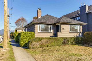 "Photo 1: 4101 OXFORD Street in Burnaby: Vancouver Heights House for sale in ""Vancouver Heights"" (Burnaby North)  : MLS®# R2219433"
