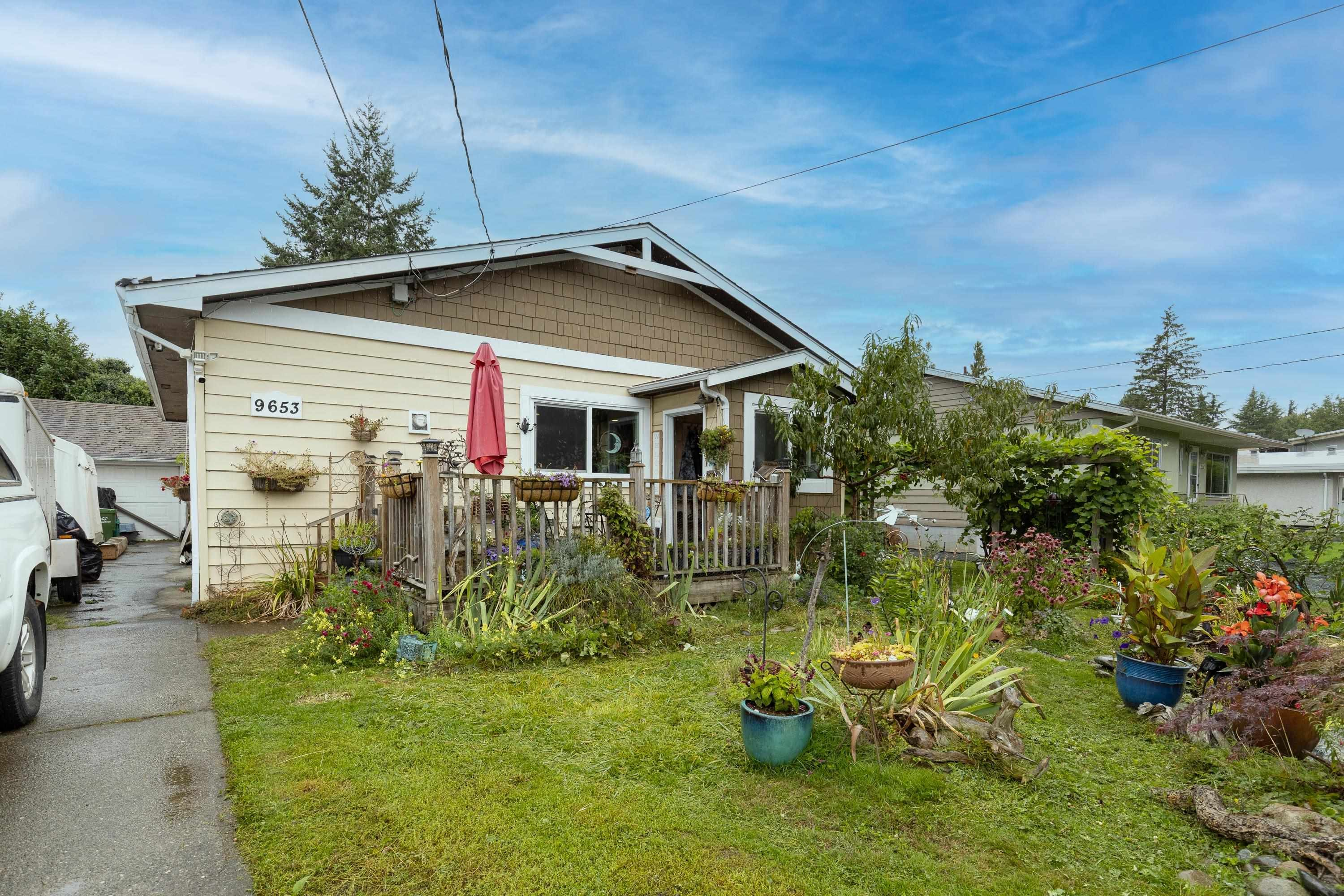Main Photo: 9653 MCNAUGHT Road in Chilliwack: Chilliwack E Young-Yale House for sale : MLS®# R2617179