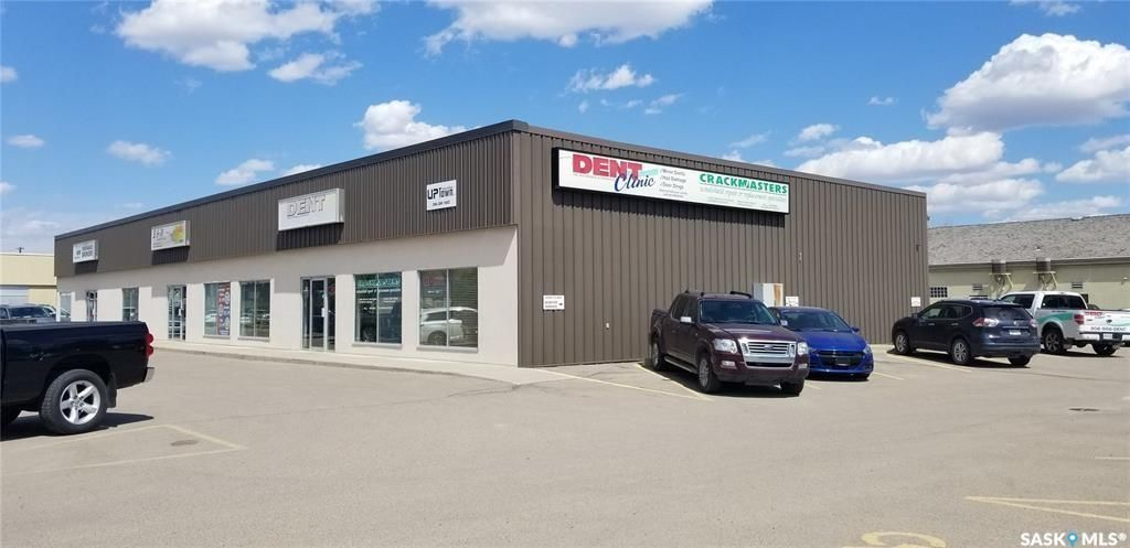 Main Photo: 702 1st Avenue North in Saskatoon: Central Industrial Commercial for sale : MLS®# SK793708