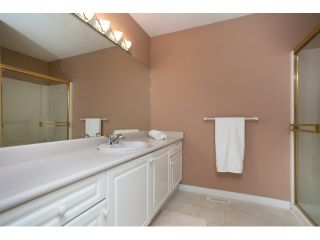 """Photo 13: 54 15959 82ND Avenue in Surrey: Fleetwood Tynehead Townhouse for sale in """"CHERRY TREE LANE"""" : MLS®# R2035228"""