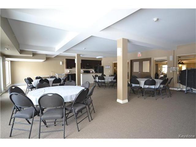 Photo 19: Photos: 1205 St Anne's Road in Winnipeg: River Park South Condominium for sale (2F)  : MLS®# 1702876