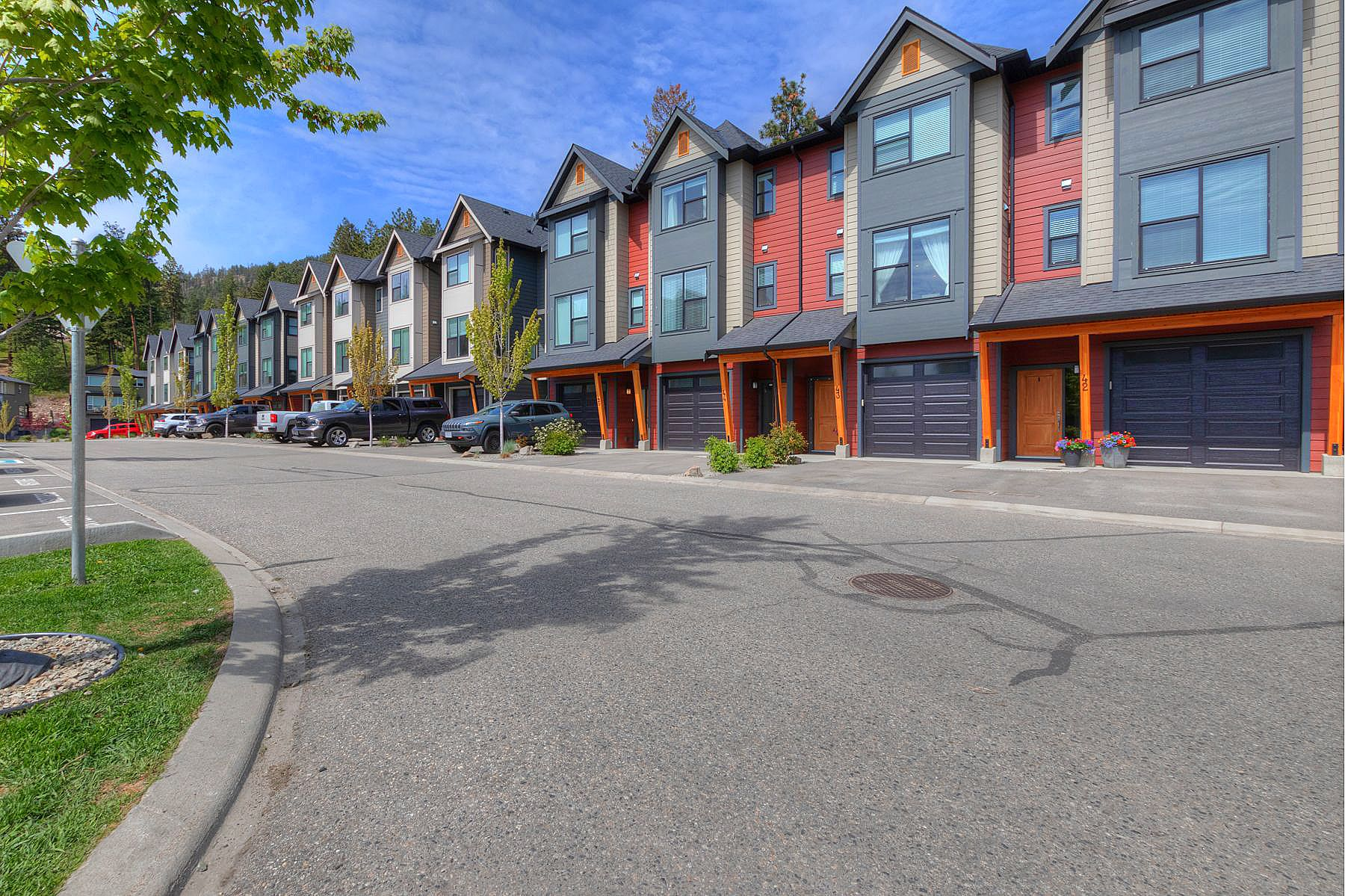 Main Photo: 44 2490 Tuscany Drive in West Kelowna: Shannon Lake House for sale (Central Okanagan)  : MLS®# 10231243