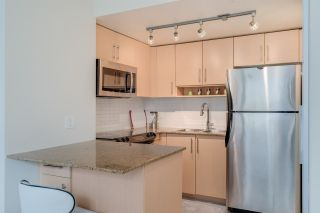 """Photo 10: TH 15 550 TAYLOR Street in Vancouver: Downtown VW Condo for sale in """"The Taylor"""" (Vancouver West)  : MLS®# R2219638"""