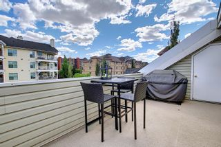 Photo 45: 10215 111 Street in Edmonton: Zone 12 Townhouse for sale : MLS®# E4258421