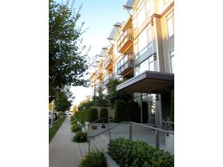 "Photo 14: 404 14300 RIVERPORT Way in Richmond: East Richmond Condo for sale in ""WATERSTONE PIER"" : MLS®# V866071"