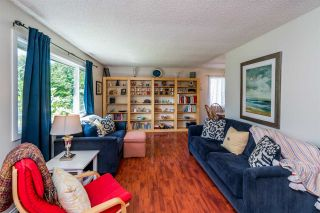 Photo 5: 7826 QUEENS Crescent in Prince George: Lower College House for sale (PG City South (Zone 74))  : MLS®# R2488540