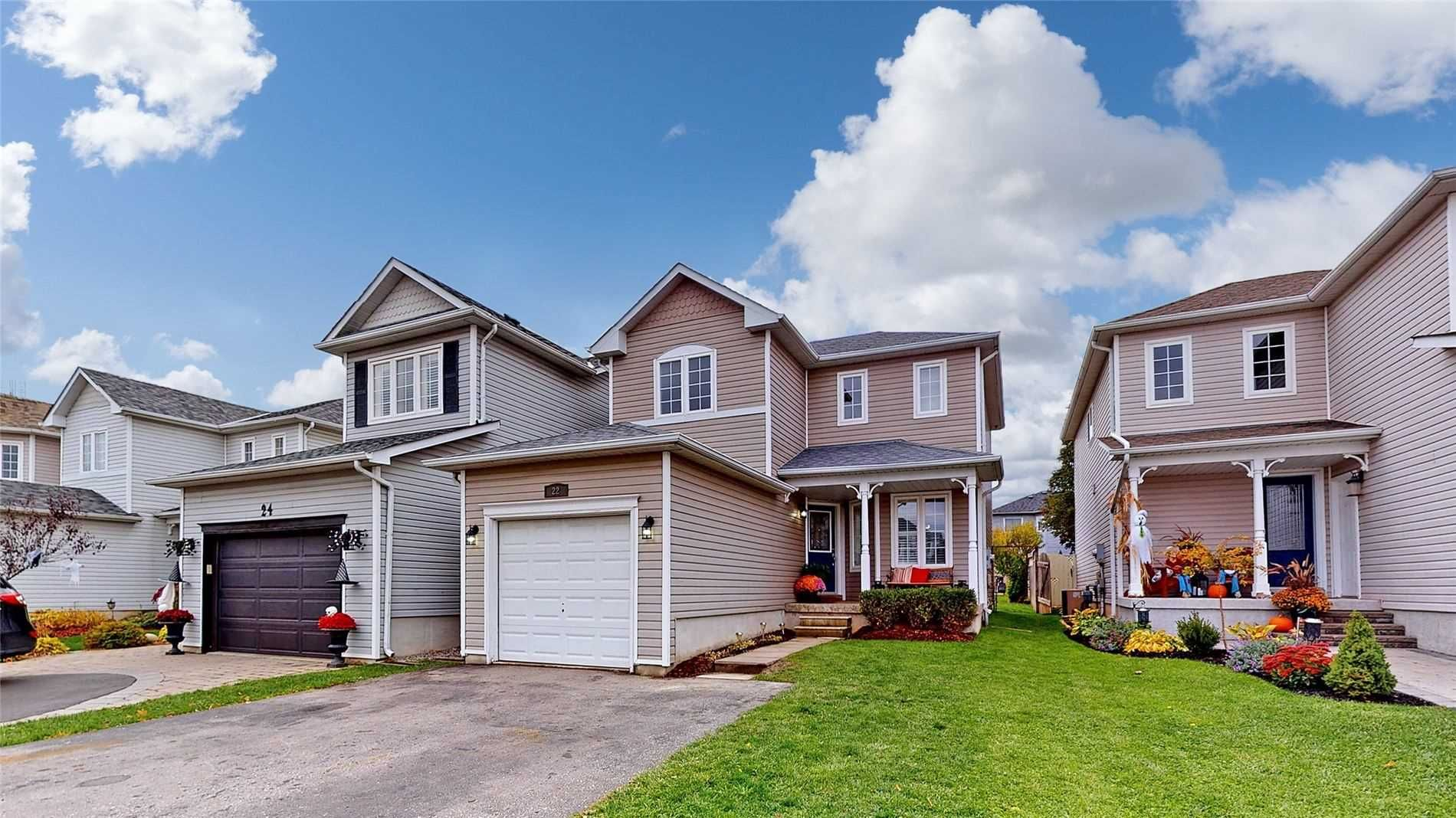 Main Photo: 22 Rustwood Street in Clarington: Bowmanville House (2-Storey) for sale : MLS®# E4963455