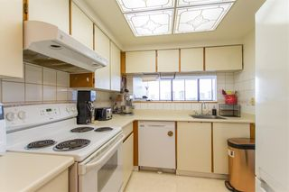 Photo 5: 910 460 WESTVIEW Street in Coquitlam: Coquitlam West Condo for sale : MLS®# R2414741